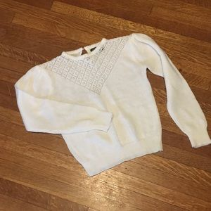 Sweaters - White sweater with v-shape neck detail + pearls